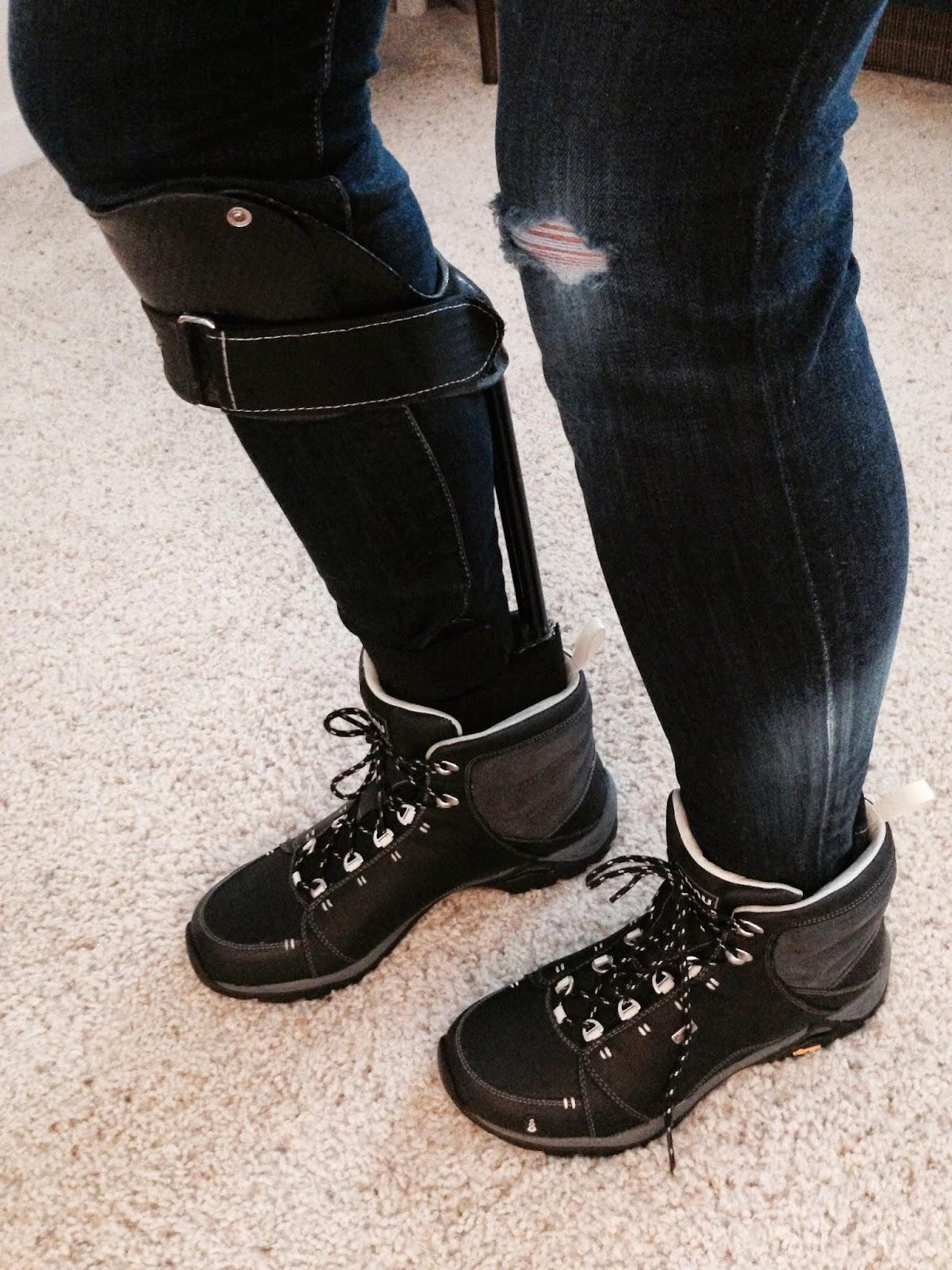 ahnu-montara-boot-hiking-boots-womens